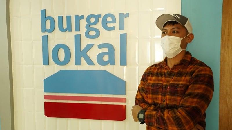Aldo Renatan pemilik merek Burger Lokal (foto: GenPI.co)