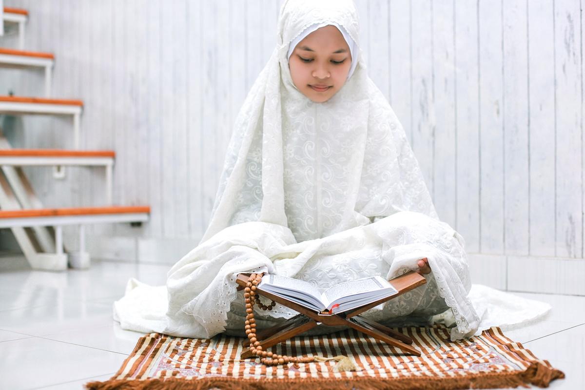 Sepuluh hari terakhir Ramadan sangatlah istimewa karena adanya malam Lailatulqadar (foto: Garakta-Studio/envato)