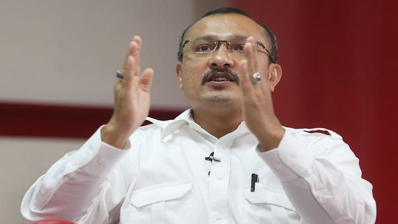 Ferdinand Tahu Rekam Jejak Listyo Sigit, Calon Kapolri Nonmuslim
