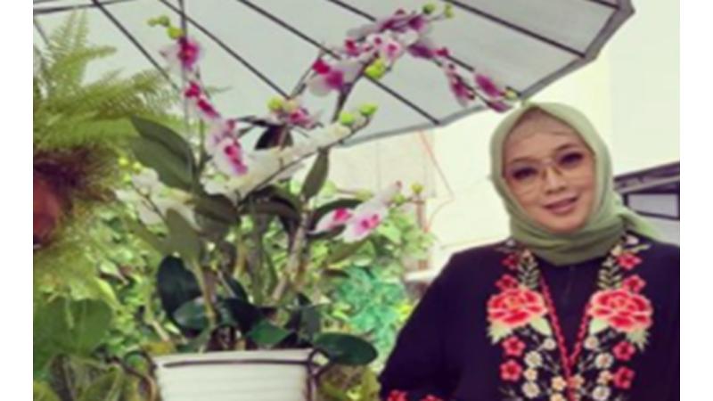 Rina Gunawan (foto: SC IG @rinagunawan28)