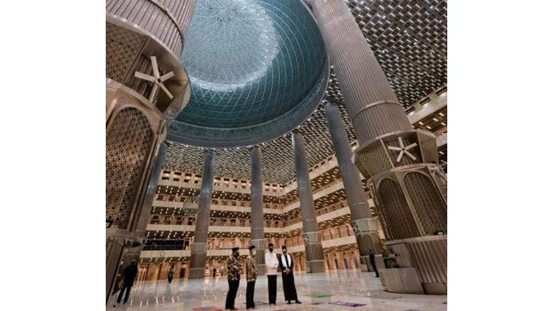 Presiden Jokowi telah meresmikan renovasi Masjid Istiqlal, pada Kamis (foto: SC IG @jokowi)