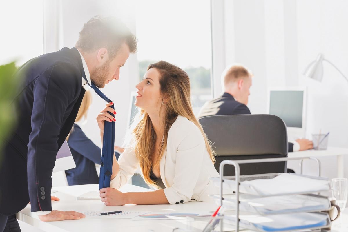 Survei 7 Alasan Utama Suami Selingkuh, Teratas Tak Terbantahkan!