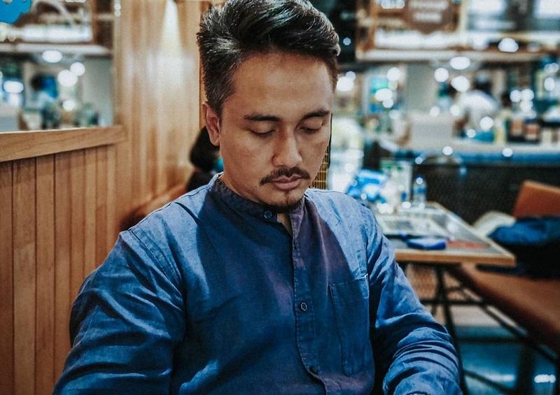 Ramalan Denny Darko Jleb Banget, 75 Pegawai KPK Nonaktif Bakal... (foto: instagram Denny Darko)