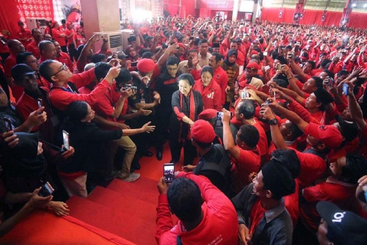 Analisis Pakar Hukum Top Beber Fakta Penting, PDIP Dengarkanlah! ( foto: Dok PDIP)