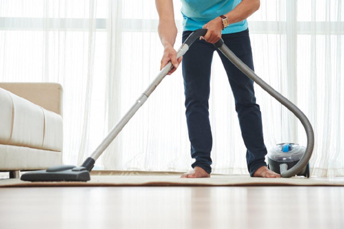 4 Tips Usir Rasa Malas Saat Membersihkan Rumah, Semangat! (foto: freepik)