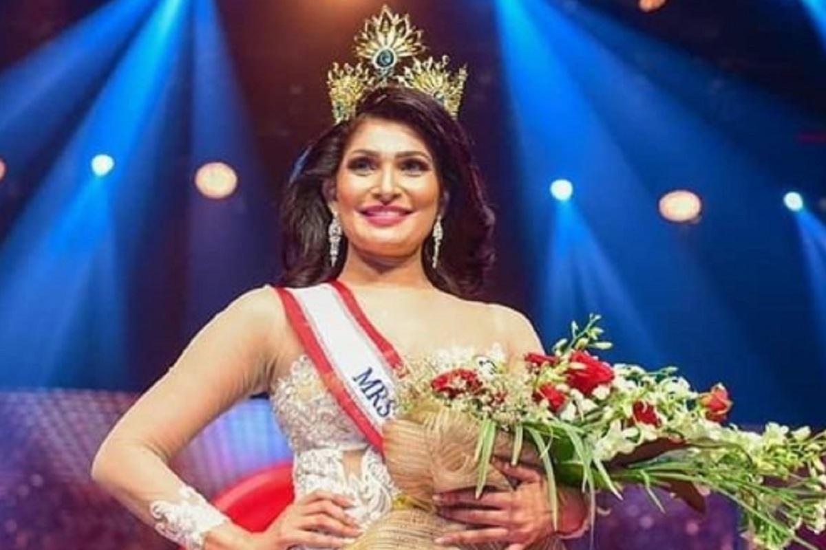 Nahas, Juara Mrs Sri Lanka 2021 Direbut Paksa Hingga Terluka ( foto: instagram @Pushpika De Silva)