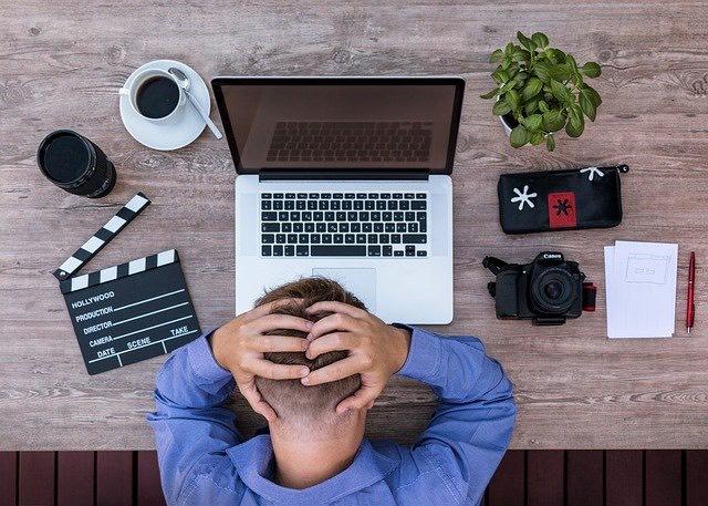 3 Cara Ampuh Mengatasi Sakit Kepala Saat Puasa, Buktikan! (foto: pixabay)