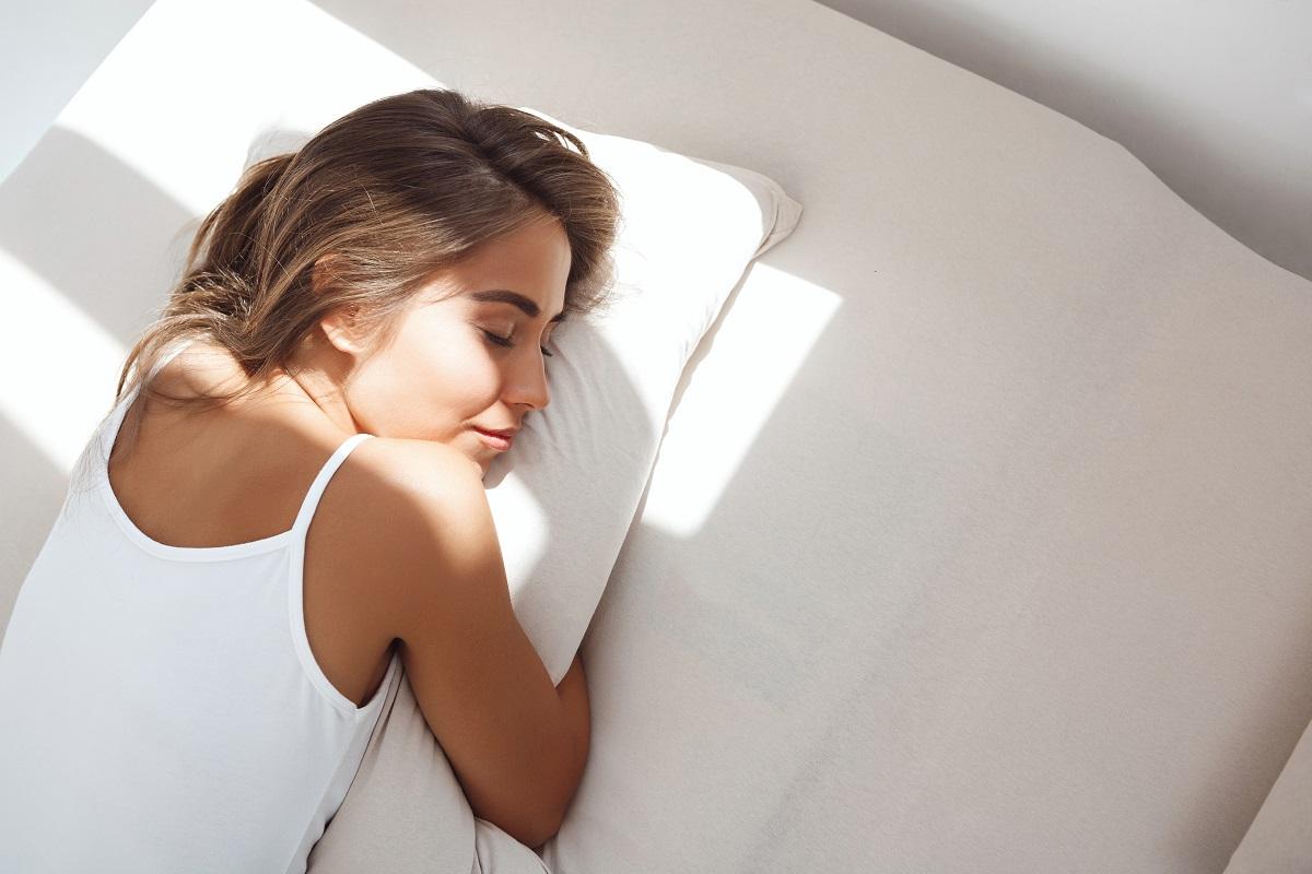 Bahaya Tidur Tengkurap, Sakit Leher Hingga Keriput ( foto: freepik)