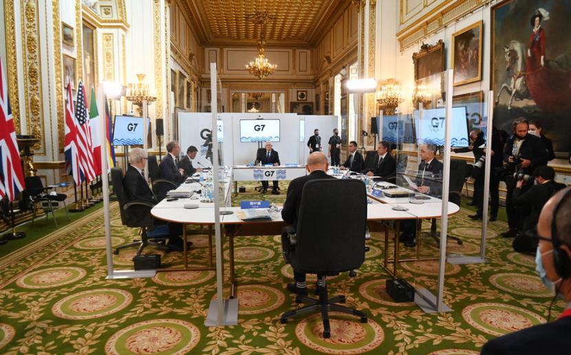 Suasana pertemuan para menlu negara G7 di Lancaster House, London pada Selasa (4/5). Foto: Foto: EPA/Andy Rain
