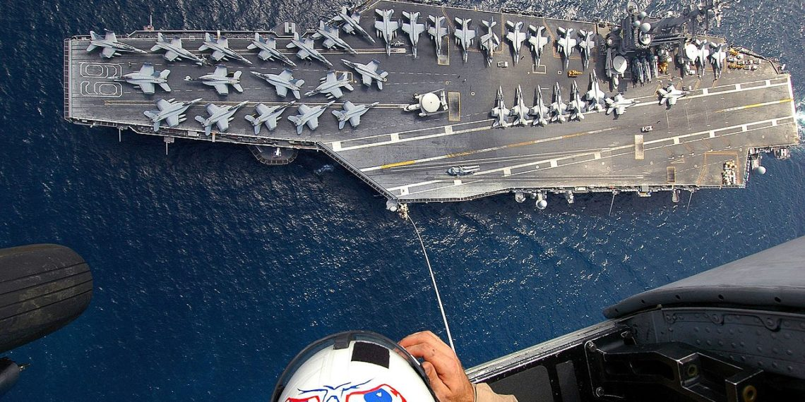USS Dwight D. Eisenhower. Foto: airspace-review