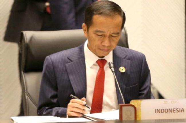 Mau Tahu Menteri yang di-Reshuffle? Cek Saat Jokowi Marah