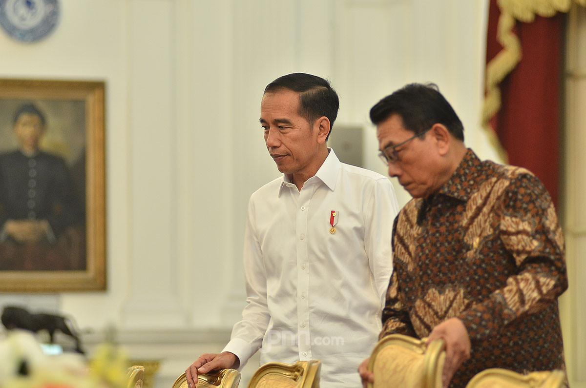 Presiden Jokowi bersama Kepala Staf Kepresidenan Moeldoko, di Istana Merdeka. Foto/dok: M Fathra Nazrul Islam/JPNN.com