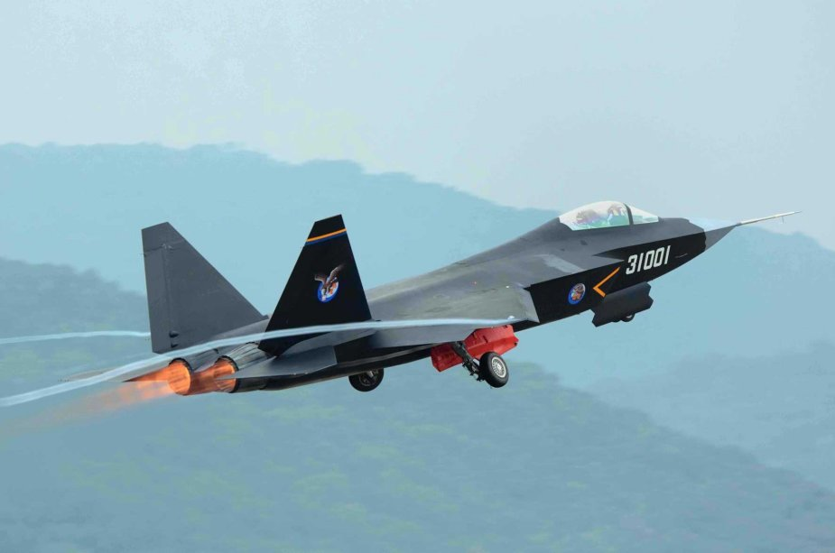 Jet siluman Shenyang FC-31 China. Foto: navyrecognition