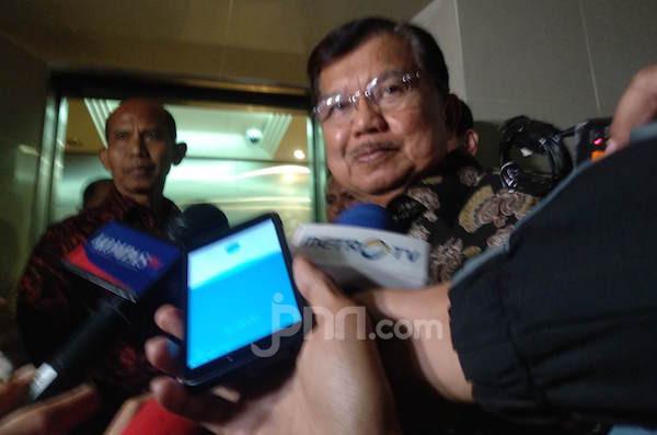 Hasil Survei Capres 2024: Kandidat Kuat dari Indonesia Timur, Wow - mantan Wakil Presiden Jusuf Kalla (Foto: JPNN.com/GenPI.co)