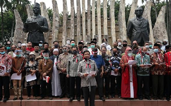 Gatot Nurmantyo dan KAMI Jadi Kambing Hitam Rezim Jokowi (Foto: doc.JPNN/GenPI.co)