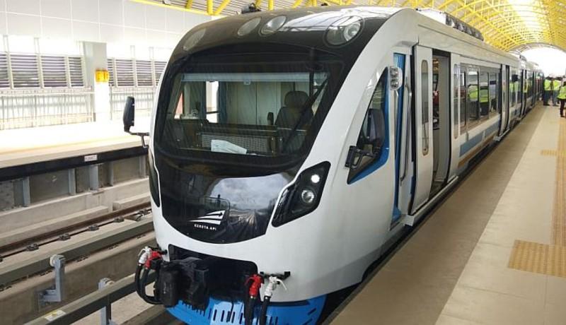 Light Rail Transit (LRT) Jakarta siap memberlakukan tarif normal (sumber : Okezone )