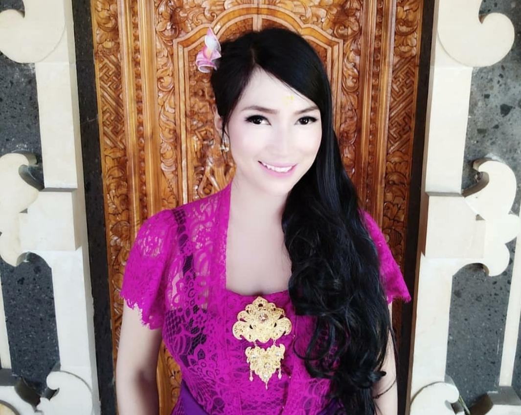 Bidadari Ini Jadi PNS di Bali, Tolong Jangan Jatuh Hati