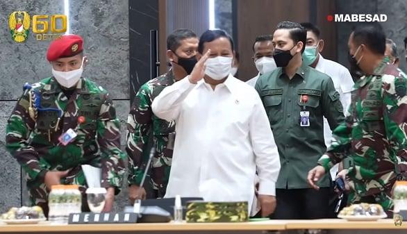 Duet Prabowo-Puan Diadang Anies Baswedan-AHY, 2024 Makin Ngeri (Foto: YouTube TNI AD)