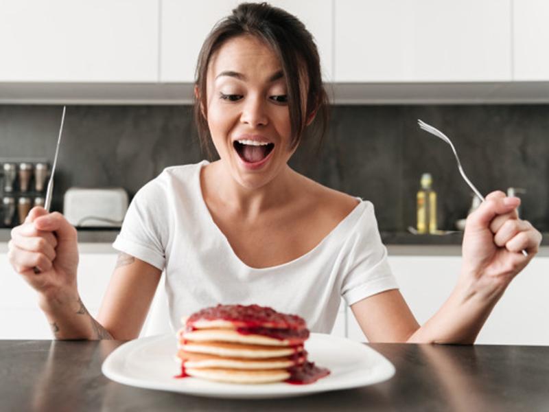 Jangan Makan Buru-buru, Bisa Terkena 5 Penyakit Mematikan Ini!
