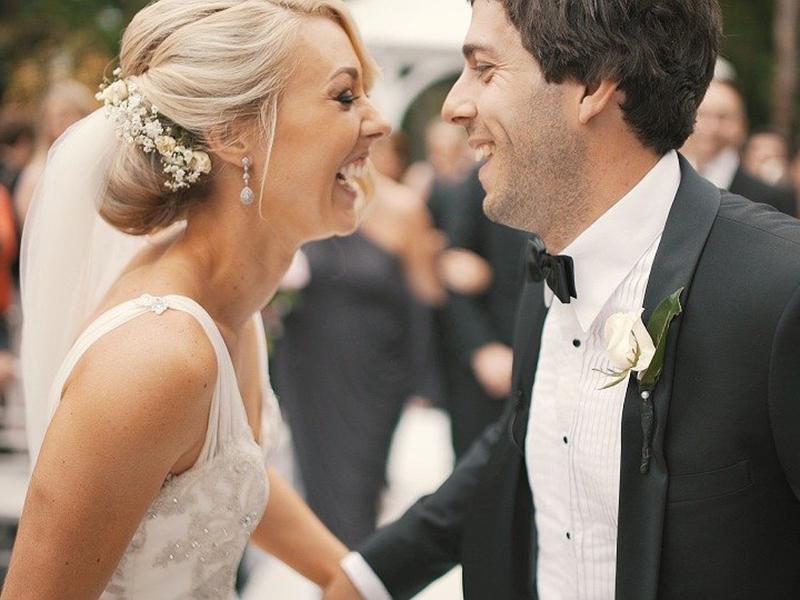 Ilustrasi pasangan yang menikah. Foto: Pixabay