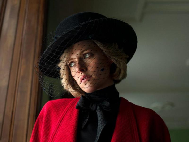 Kristen Stewart sebagai Putri Diana untuk film Spencer (2021). Foto: Twitter @neonrated