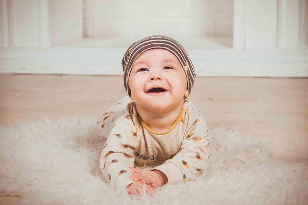 Catat Bunda! Kumpulan Nama Bayi Laki-laki Bermakna Kaya Raya