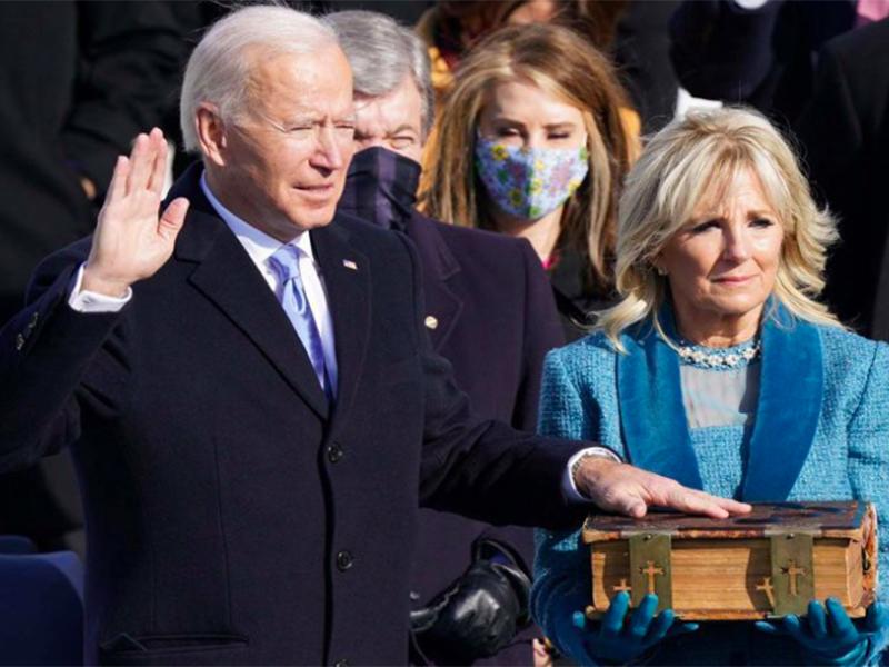 Banyak Huru-Hara, Joe Biden Tiba di Gedung Putih dengan Selamat