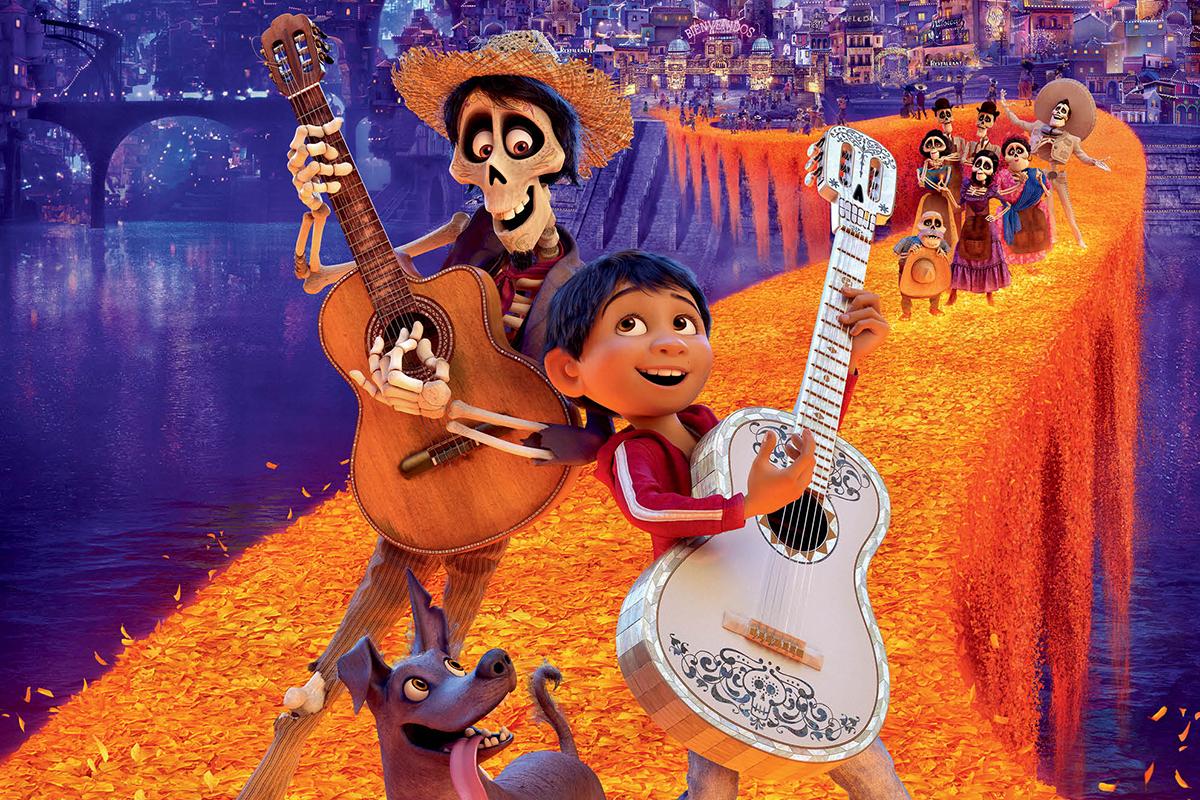 Coco, film bertema keluarga yang cocok ditonton saat liburan. Foto: IMDb