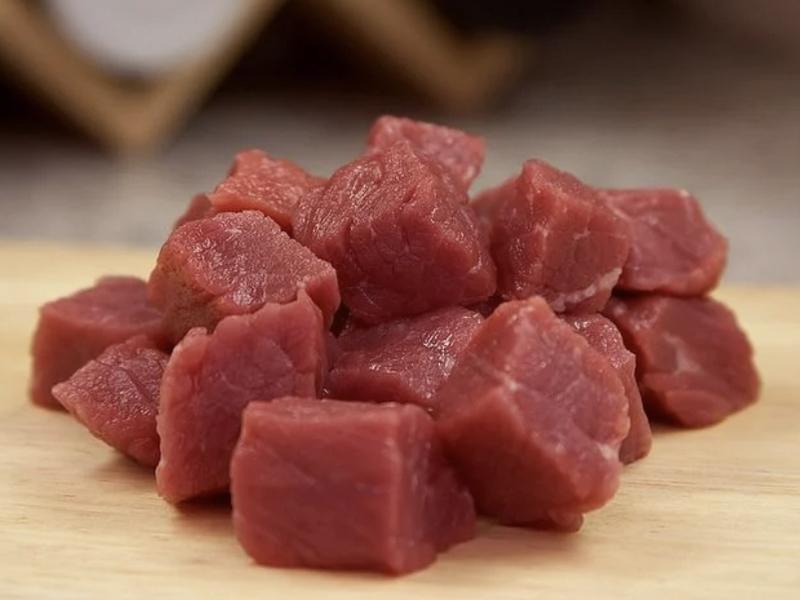 Ilustrasi daging sapi. Foto: Pixabay