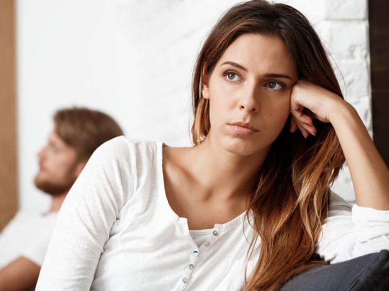 llustrasi pasangan yang tidak bahagia. Foto: Freepik/cookie_studio