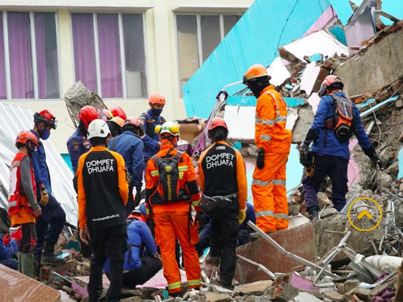 Korban Meninggal Akibat Gempa Sulbar Jadi 81 Orang, Mohon Doanya
