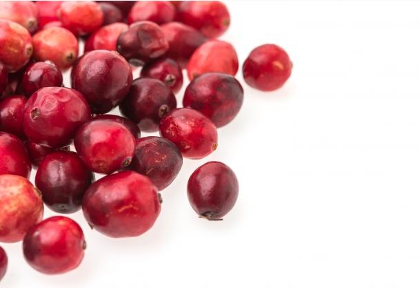 Manfaat Cranberry Ternyata Bisa Buat Wajah Jadi Glowing, foto : freepik