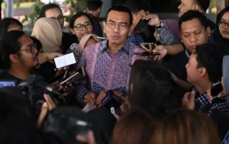 Staf khusus Kementerian BUMN Arya Sinulingga saat menyampaikan keterangan di Kementerian BUMN, Jakarta pada Selasa (18/11/2019). ANTARA/Aditya Pradana Putra