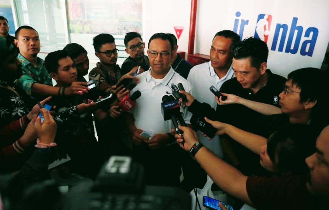 Gubernur DKI Jakarta Anies Baswedan saat diwawancarai media, beberapa waktu lalu. (Foto: Instagram @aniesbaswedan)