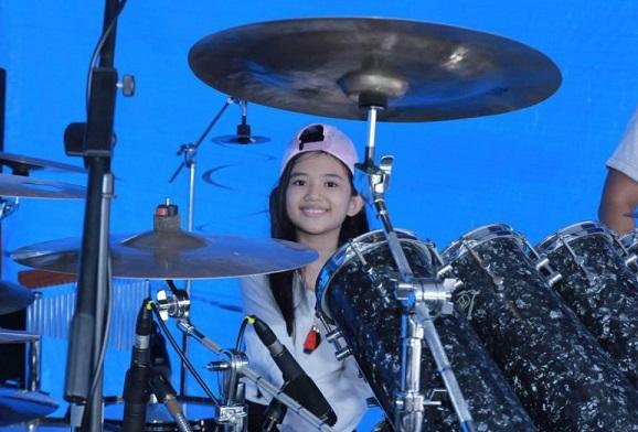 Aisya, Drummer Cilik Pemegang Rekor Dunia 10 Jam Non Stop (Foto: IG @aisyasoraya15)