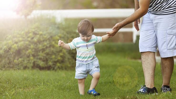 Ilustrasi perkembangan anak perlu dipahami orang tua. Foto: Parents