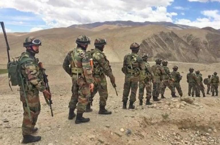 Tentara India di perbatasan dengan China . Foto: thehindu.com