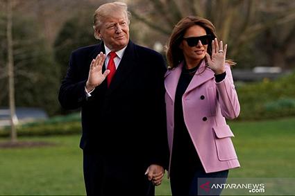 Aib Donald Trump dan Istri Cetar Banget, Mending Jangan Dibaca