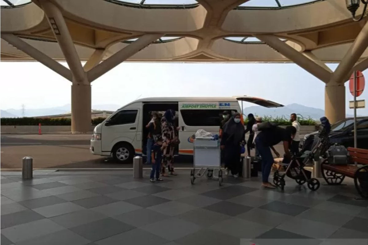 Jumlah penumpang yang datang di Bandara Internasional Yogyakarta mencapai 4.089 orang pada Rabu (5/5). (FOTO: ANTARA)