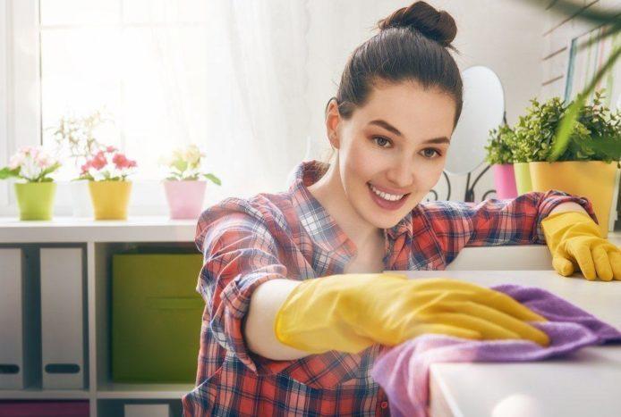 Malah Bikin Tambah Kotor, 3 Cara Membersihkan Rumah yang Salah