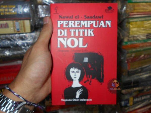 Novel Perempuan di Titik Nol. Foto: Bukalapak
