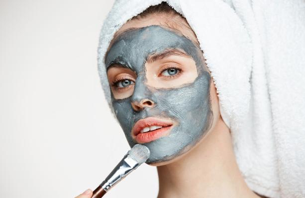 3 Produk Clay Mask di Bawah Rp 200 Ribu Tanpa Bikin Kulit Iritasi