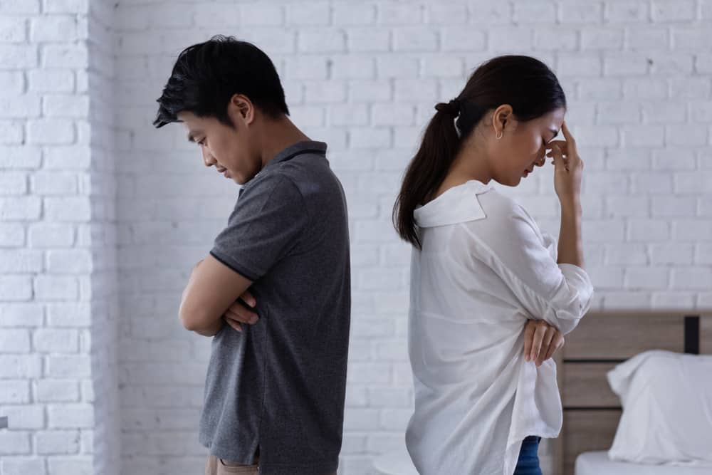 Ciri-Ciri Hubungan yang Didominasi oleh Perasaan Insecure
