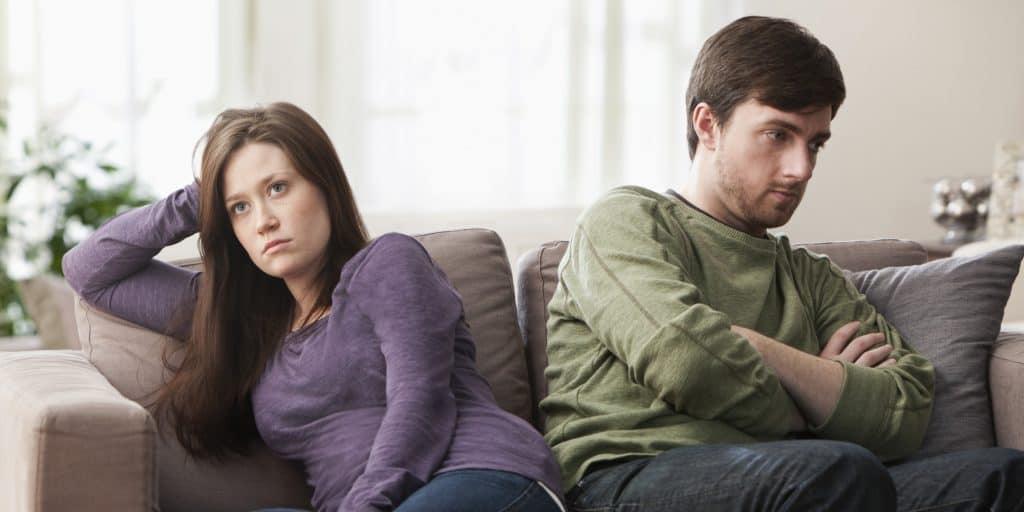 3 Cara Menghindari Pertengkaran Menjelang Pernikahan
