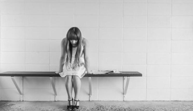 Ilustrasi wanita depresi (sumber : pixabay)