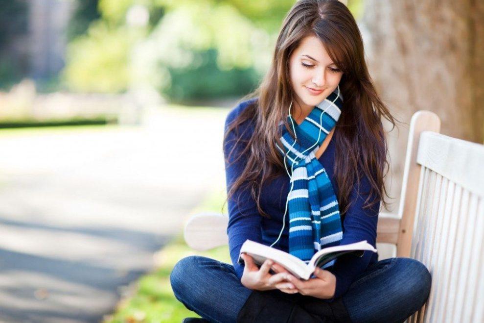 Cool Banget, Zodiak Ini Bisa Imbangi Cewek Introvert
