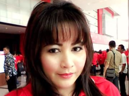 Mendadak Politikus Cantik Ini Bongkar Fakta PKS, Ngeri - Politikus PDIP Dewi Tanjung (Foto: Twitter/dewitanjung)