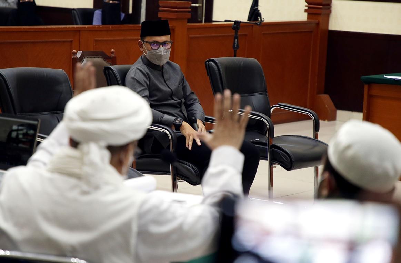 Jokowi Panggil Bima Arya, Habib Rizieq Makin Terpojok - Wali Kota Bogor Bima Arya jadi saksi di persidangan Habib Rizieq Shihab (Foto: JPNN.com/GenPI.co)