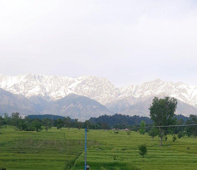 Gunung Himalaya Tampakkan Wajah Cantiknya Akibat Corona