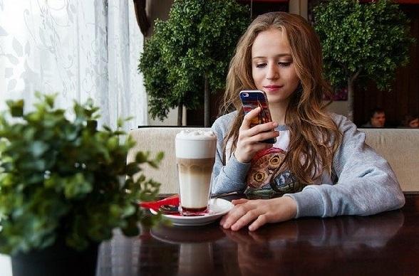 Fakta Generasi Z Saat Ini, Obsesi Taklukkan Media Sosial - ilustrasi (Foto: Pixabay)
